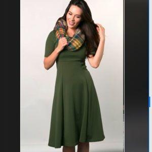 Dresses & Skirts - ✨LAST ONE!✨ A-line Midi Dress